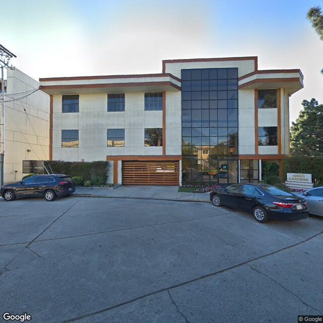 4450 W Lakeside Dr, Burbank, CA 91505