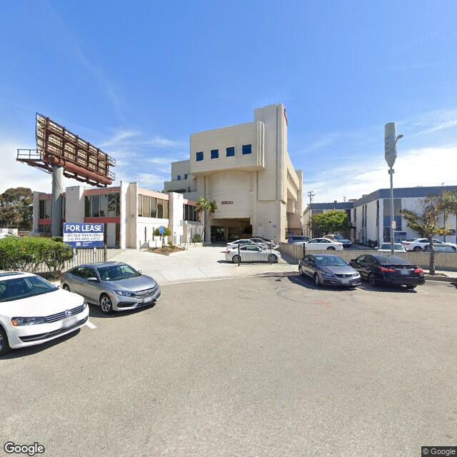 5300 Beethoven St, Los Angeles, CA 90066