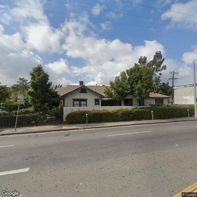 663-665 Lillian Way, Los Angeles, CA 90004