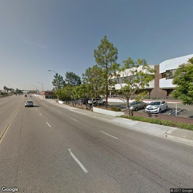 401 S Prairie Ave