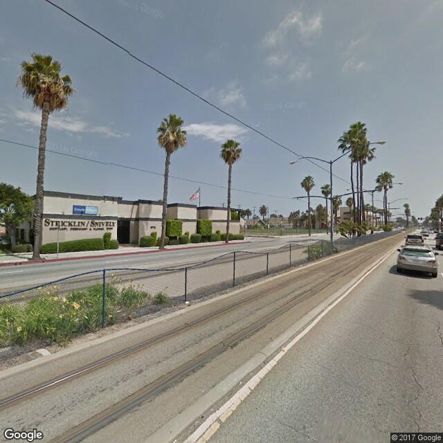 1975 Long Beach Blvd