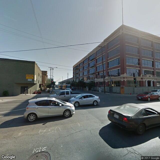 700 S Santa Fe Ave