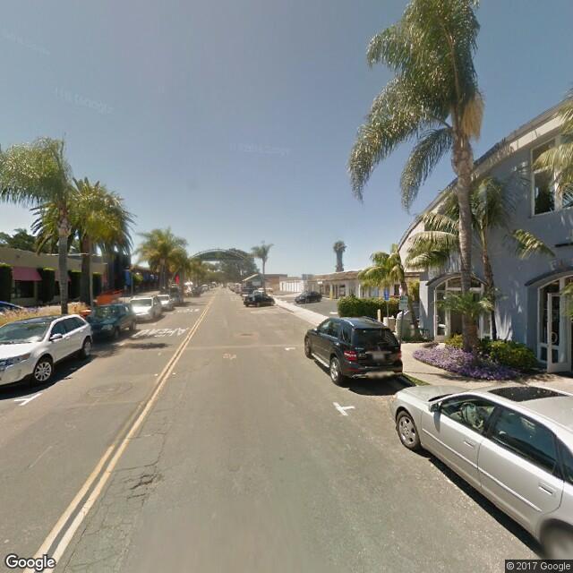 444 South Cedros Avenue